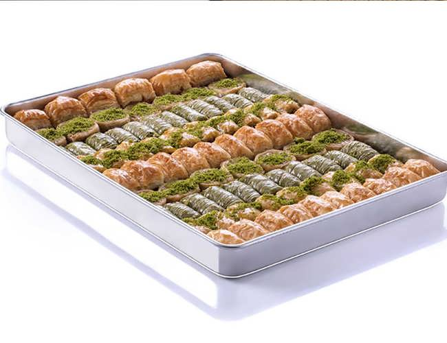 Assorted Baklava Mix in 1 Tray фото