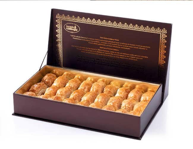 Baklava with Pistachio in Special Box 1 KG Box фото