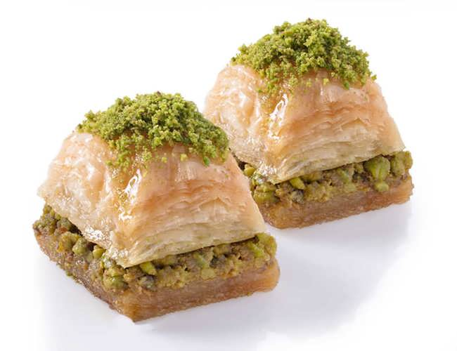 Long Lasting Dry Baklava with Pistachio фото