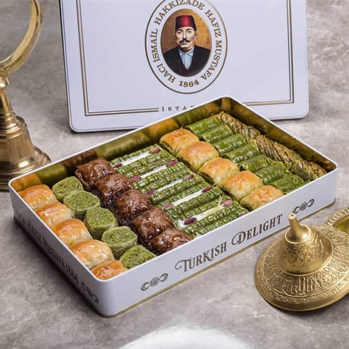 Hafiz-mustafa-assortiment-baklava-1,750-gr-in-metalen-doos-2