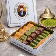 Hafiz-Mustafa-Baklava-Assortment-Metal-Box-1100-kg-2