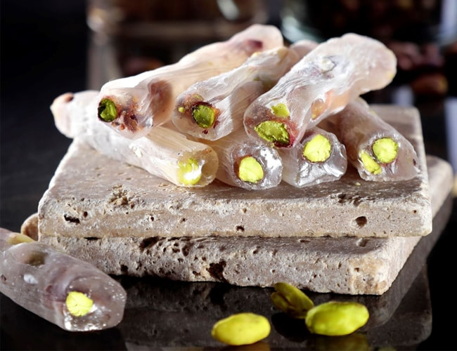 Thin Turkish Delight with Honey and Pistachio фото