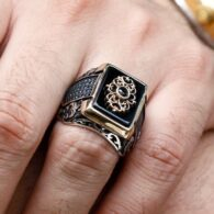 Sultan-Ring-With-Zircon-Design-With-Onyx-Stone