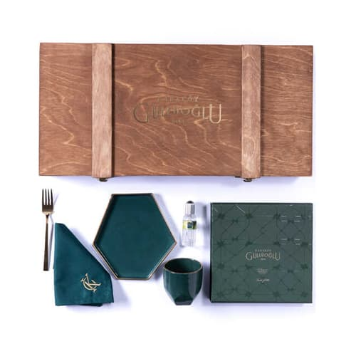 Special-set-in-wooden-box-limited-edition