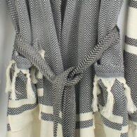 Loincloth-robe-hooded-fish-back-striped-black2